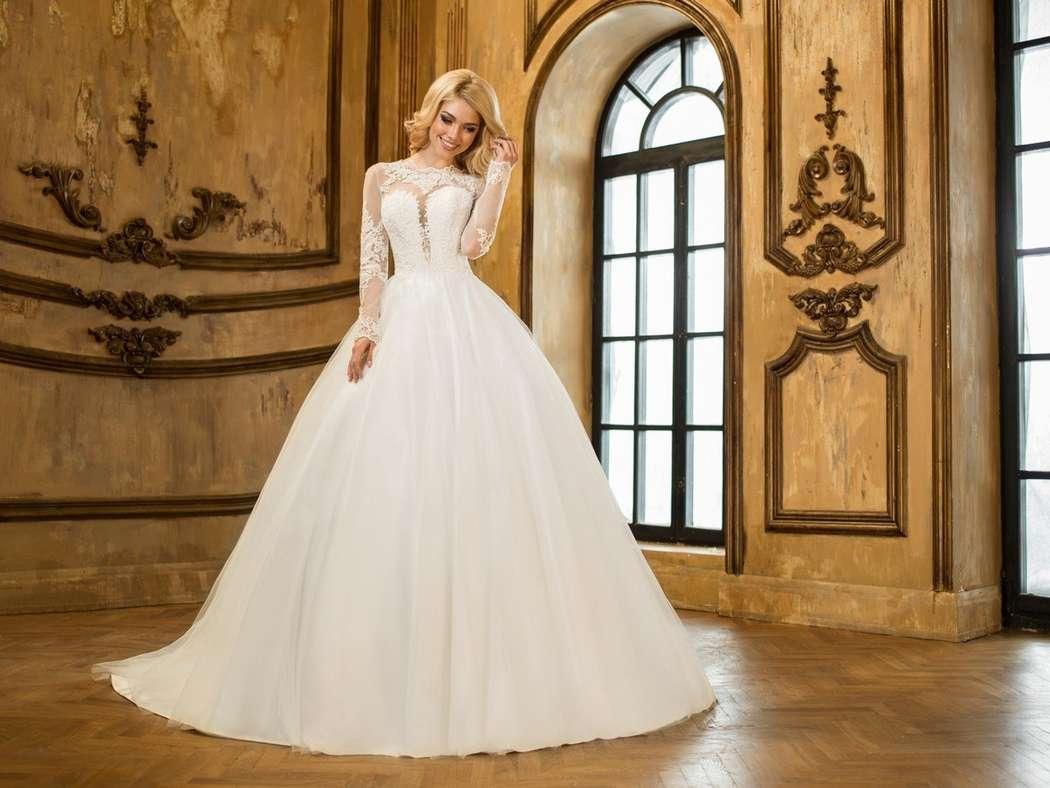 онлайн фото видео что под юбками невест