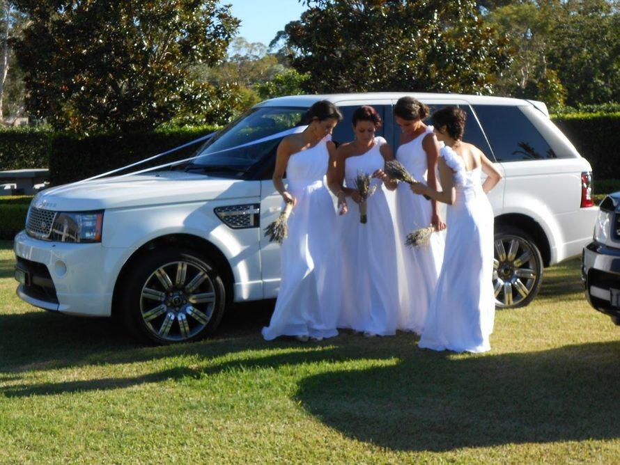 """Range Rover  - роскошный внедорожник класса люкс, несомненно, порадует молодоженов комфортом и вместительностью салона. - фото 3108133 """"АБВ Автопрокат"""" аренда автомобиля"""