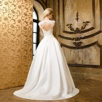 """Малахит21 Цена -  40 400 рублей  Всем невестам, создавшим полный свадебный образ в салоне """"Bride & Style"""" дарим скидку 20% на весь ассортимент Цена со скидкой -  32 320 рублей"""