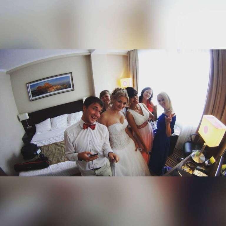 Невеста Диана и ее платье с роскошным полупрозрачным корсетом, расшитый в ручную бисером и бусинами! - фото 14892690 Свадебный салон Юлии Савиной