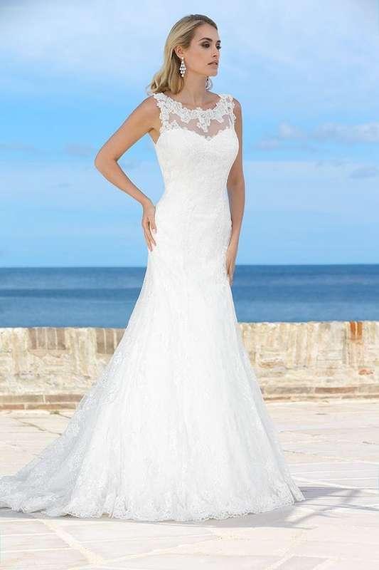 размеры 44, 46, 48, цена 20000о - фото 14892784 Свадебный салон Юлии Савиной