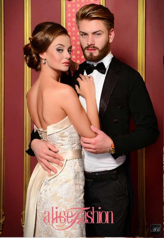 Свадебное платье Alice Fashion, Новая коллекция 2015, модель: W15-050 - фото 3219337 Свадебные платья Alice Fashion