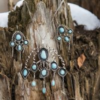 съемка для бутика ювелирных украшений и бижутерии Versal вопросы об этих украшениях к