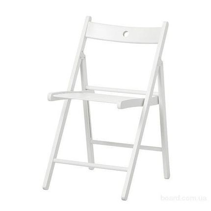 Белый складной стульчик