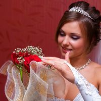 Яркий образ невесты. Очень приятно было работать. Жаль что свадьба не каждый год)
