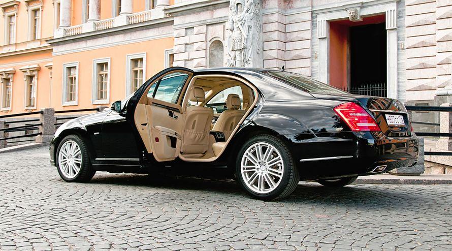 Мерседес представительского класса w 221 чёрного цвета. - фото 3280797 Lincolnn пассажирские перевозки