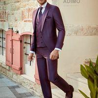 Свадебный костюм-тройка цвета фиолетовой фуксии Adimo