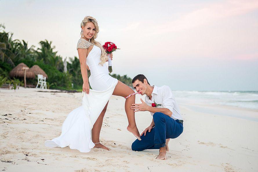 невеста подняла ногу фото