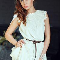 """Свадебное платье в стиле """"бохо"""", в наличии в размере 42-44, цена 17000 руб."""