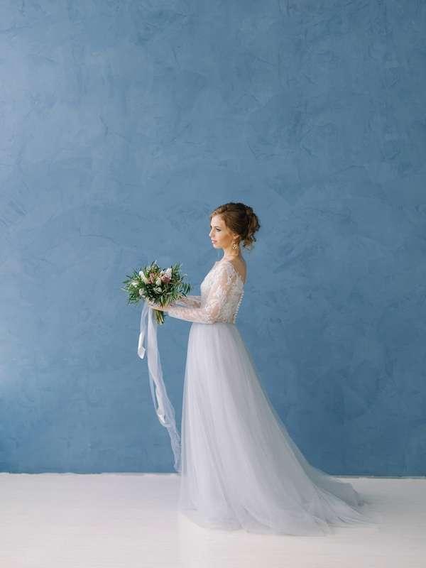 Свадебное платье в наличии! Идеально под параметры: грудь 88-92, талия до 69 см, рост от 165, цена 26000 руб. - фото 16262484 Kosmi bridal - свадебные платья