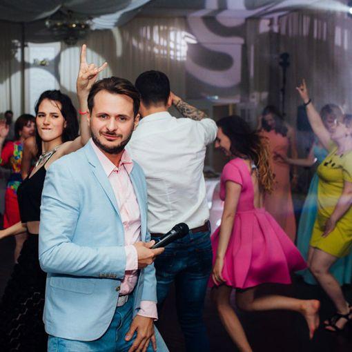 Фото 16719326 - Ведущий Алексей Невзоров