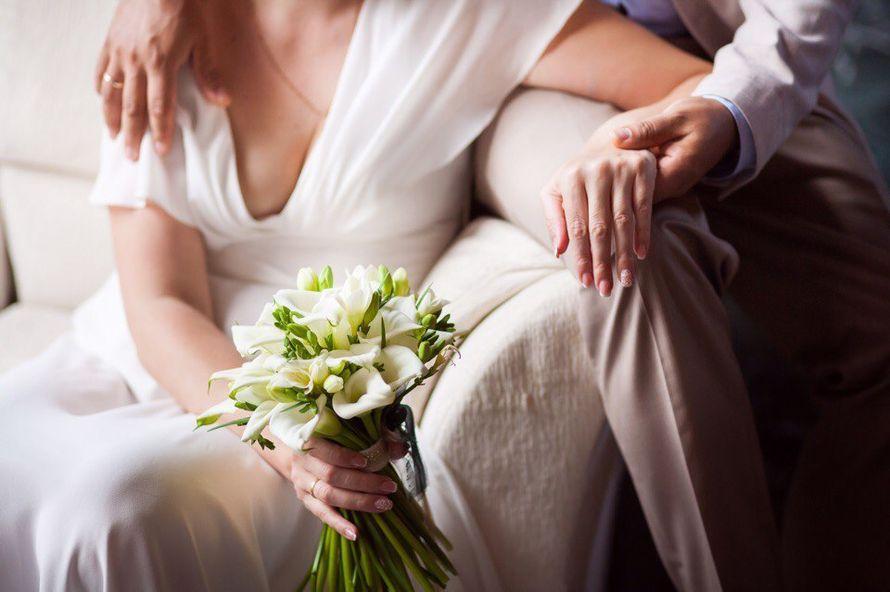Букет невесты каллы и фрезия - фото 12274890 Творческая мастерская DekoLu - оформление