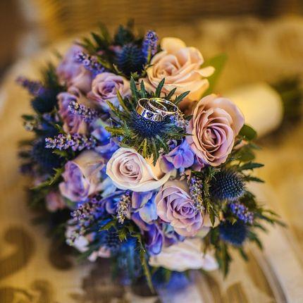 Букет невесты в сиреневой цветовой гамме