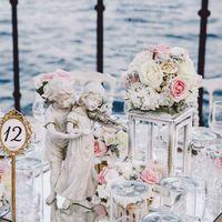 свадебное оформление в бело-розовых тонах, свадебная церемония на море