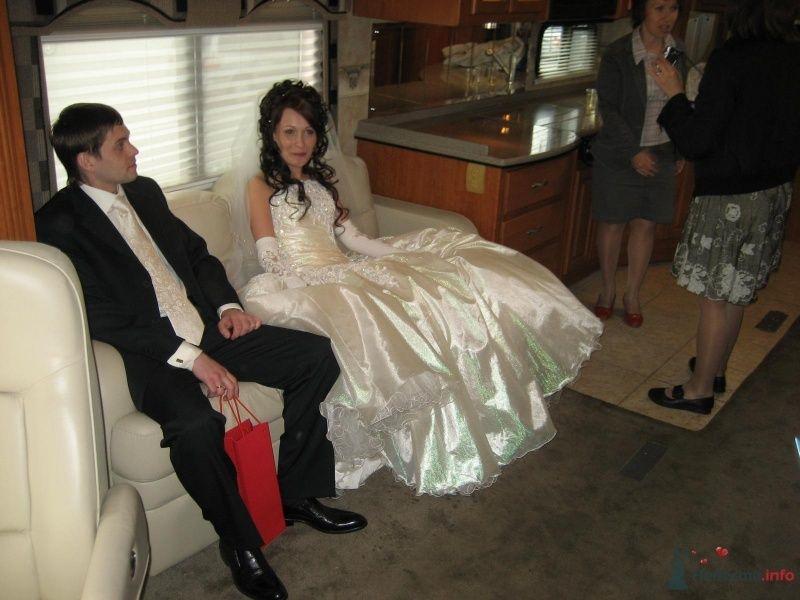 Шикарус. Шикарное платье невесты. - фото 29857 Шикарус - аренда эксклюзивного транспорта