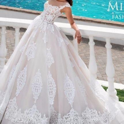Пышное платье Brita от Mistrelli