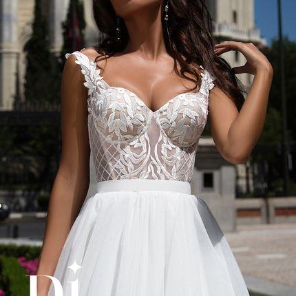 Свадебное платье цвета кофе