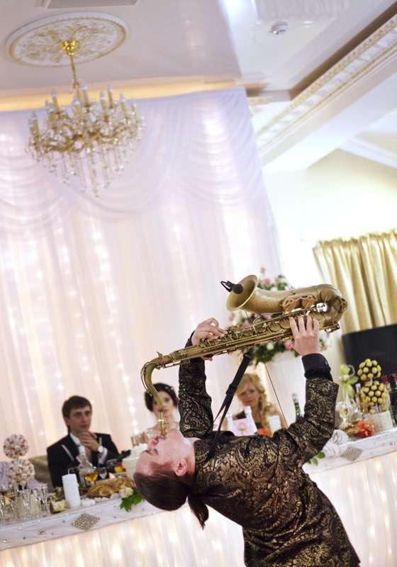 Фото 10850524 в коллекции Тимур Абитов Свадебные Фото - Саксофонист Тимур Абитов