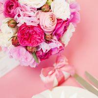 Пионовидные розы, гортензия, ранункулусы