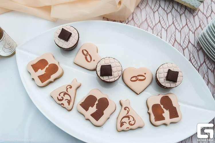 Фото 2507933 в коллекции Candy Bar- маленькие сладости! - Надежда Алябьева - свадебные торты