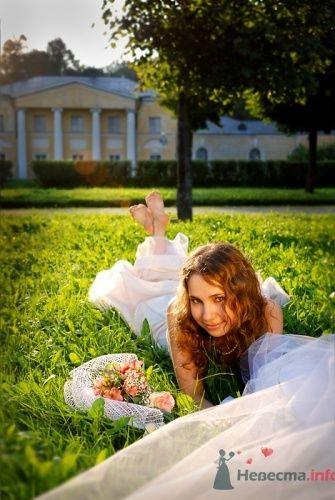 Невеста на летней свадебной фотосессии. - фото 578 Анжелика Саакова - фотограф