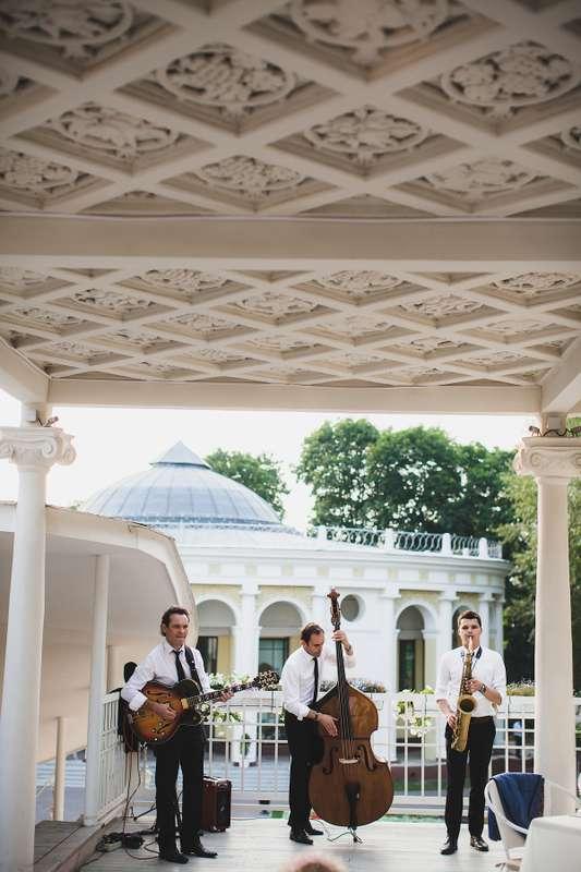 Джаз группа Playtime джазовые музыканты на свадьбу. Кавер группа Хиты. Саксофонист живое исполнение. - фото 14661456 Джаз-кавер-группа Playtime
