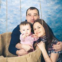 """Антон + Любовь и София .Фотостудия """"Beze@. фотограф Казаков Евгений."""