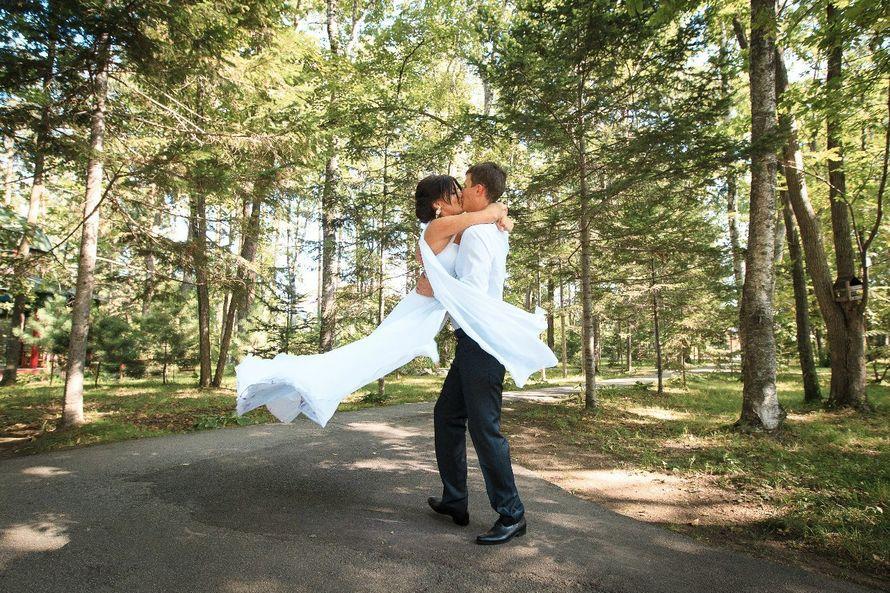 Романтично и страстно! Свадебный танец наших рук в исполнении Ириши и Паши! Будьте счастливы!) - фото 4121213 Студия свадебного танца «Contrast»
