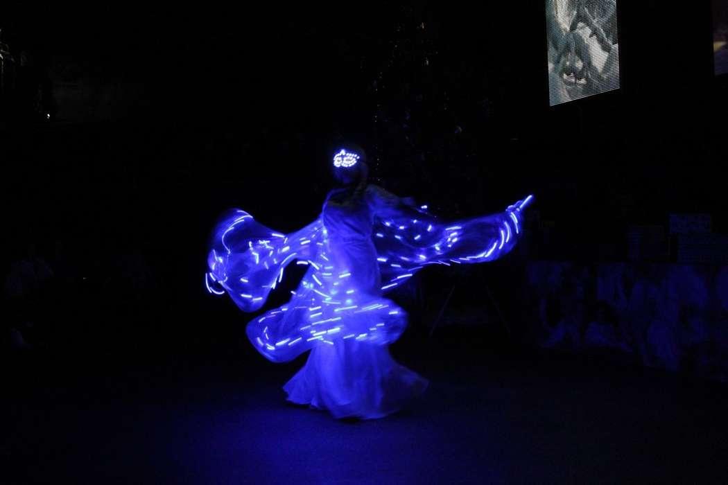 Фото 10696100 в коллекции Светодиодное шоу - Танцевальное шоу Екатерины Тураевой
