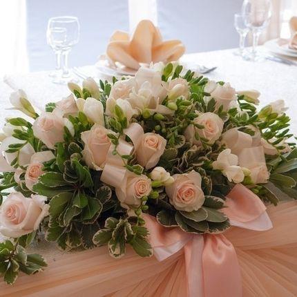 Цветы на стол молодожёнов