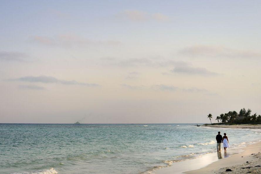 Фото 676165 в коллекции Место проведения - частный уединенный пляж - Гелена Дёмель - свадебный координатор в Мексике
