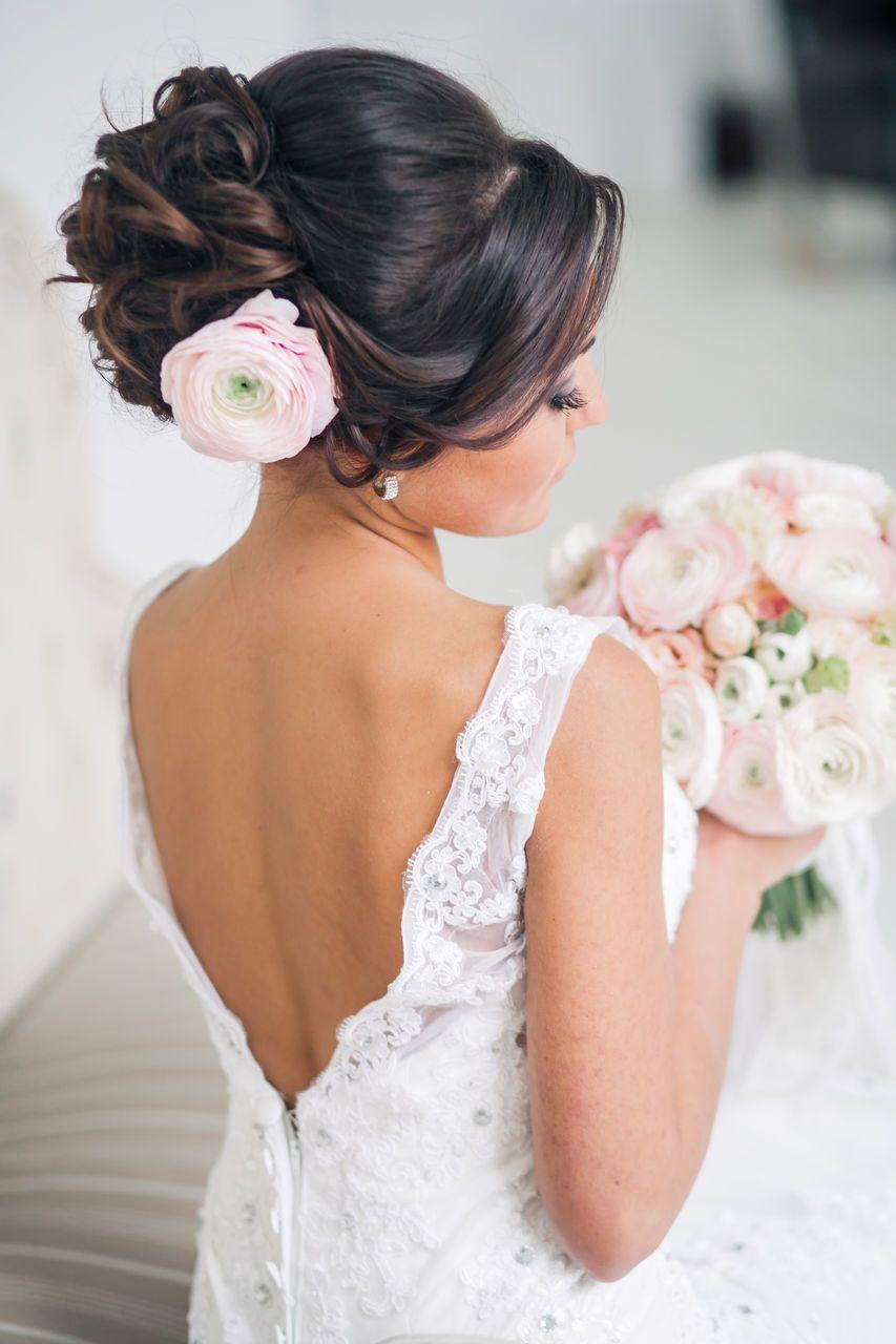 Прически на средние волосы свадебные для гостей