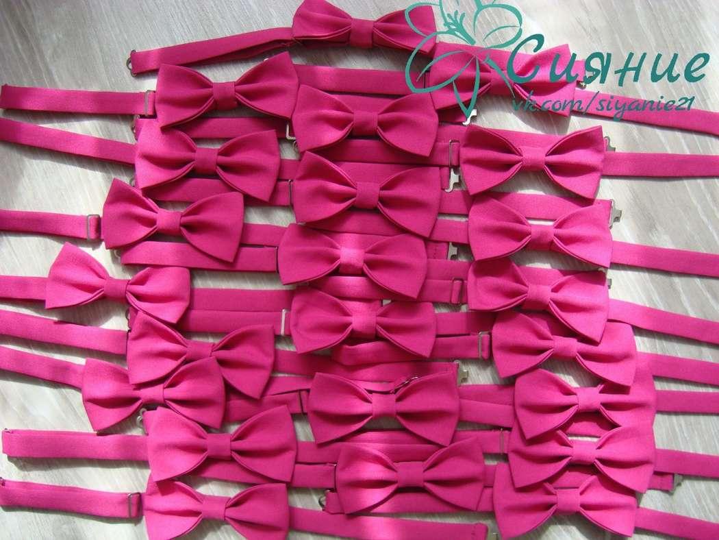 """Малиновые бабочки для друзей жениха - фото 6561366 Студия оформления и аксессуаров """"Сияние"""""""