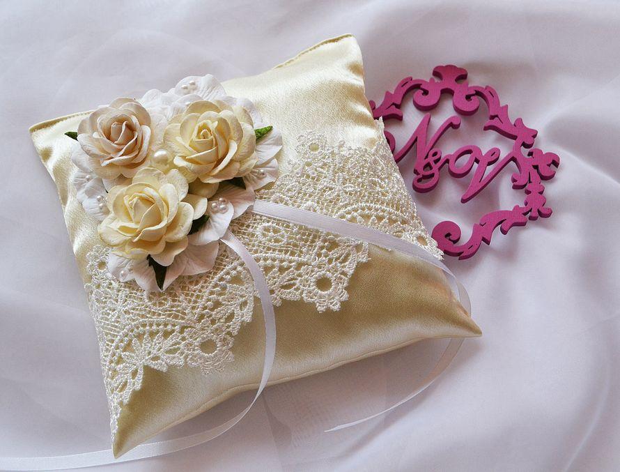 подушечки для колец на свадьбу фото меня бабушка сих