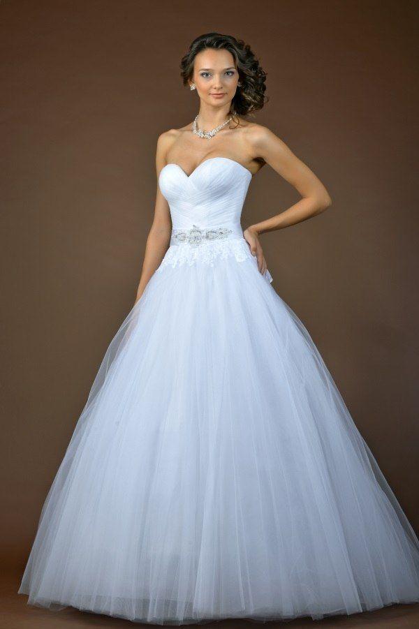 """модель """"Королева эльфов"""" платье с кружевной снимающейся накидкой - фото 4078887 Дея Торис - свадебный салон"""