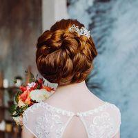прическа на очень длинные и густые натуральные волосы.