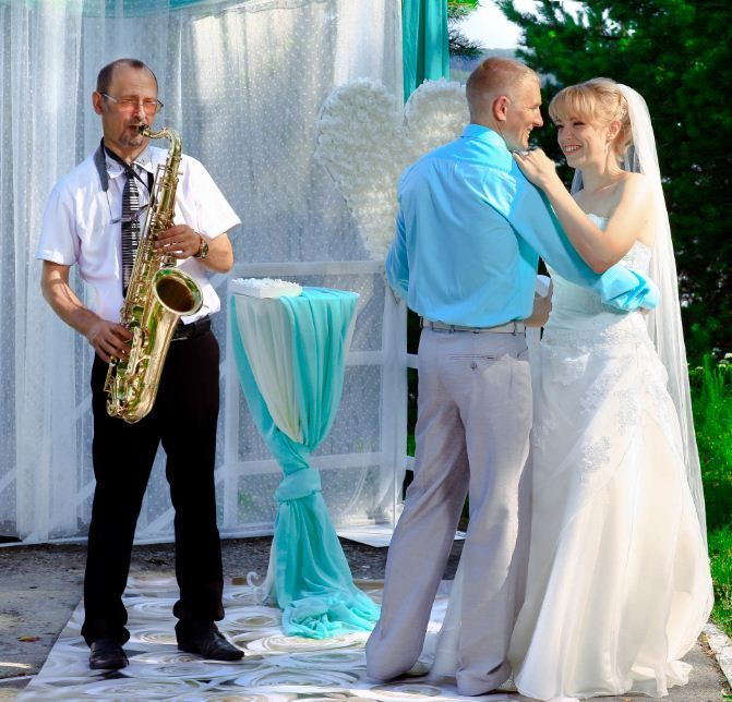 Свадьба в Барвихе - фото 6405605 Чарующие звуки саксофона AnatolJazzaqya