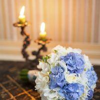 Свадебный букет в синих тонах