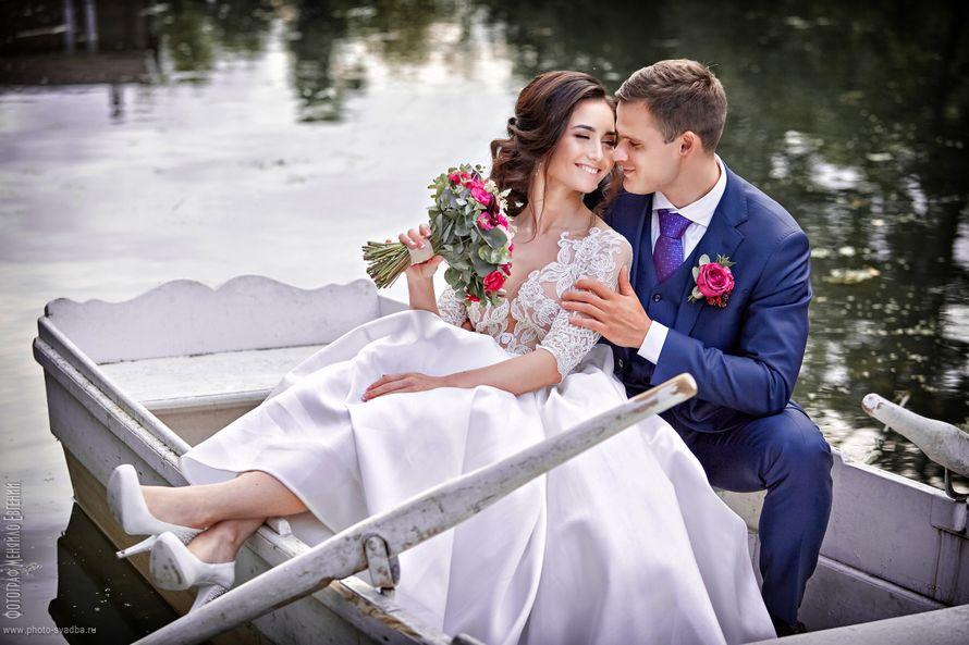 Фото свадебных пышных платьев с фатой нет