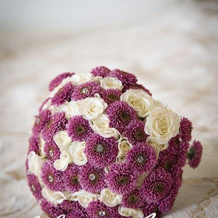 Букет из двух видов цветов