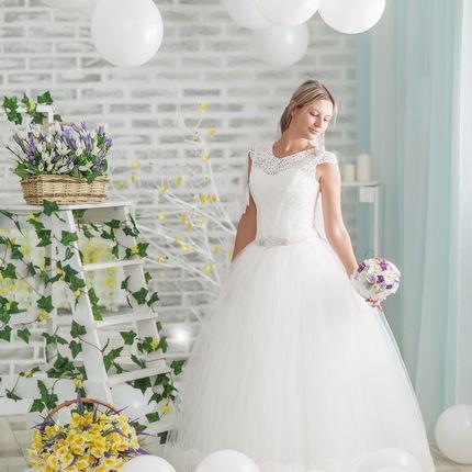 Белое пышное свадебное платье Альбина