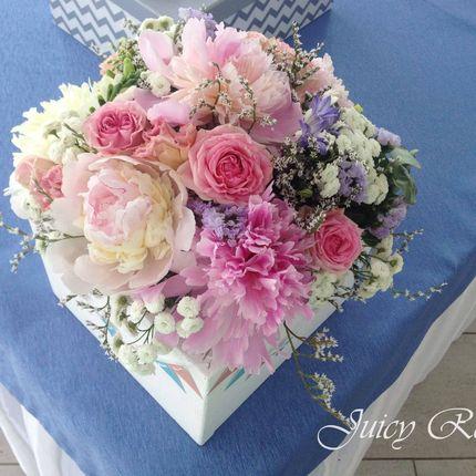 Композиции для гостевых столов Ящики с цветами
