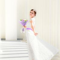 Красивое платье из абстрактного кружева