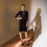 Цена 145,00. Модель EMSE 0344 Коктейльное платье прилегающего силуэта длиной выше уровня колена, асимметричное по переду и спинке, с рукавом. Горловина переда и спинки имеет округлую форму. Лиф переда асимметричный. На правой части юбки переда отлетная де