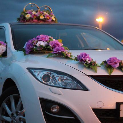 Украшения на свадебные автомобили