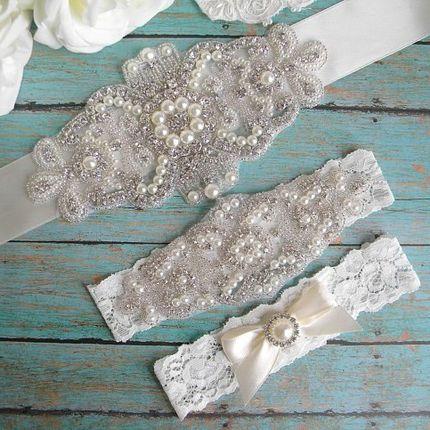 Подвязочки и пояс для платья
