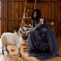 Первый и Единственный Свадебный Амбар в Петербурге. Загородная площадка Tiramisu Farm, вместимостью до 300 персон в Стрельне. ------------------------------Фото Катя Никитина  Видео Сергей Никитин  Модель Роза Чернова  Макияж, прическа Елизавета Швед  Фло