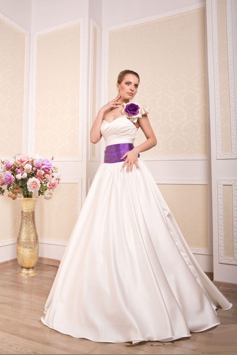 """Фото 869281 в коллекции Свадебные платья в наличии и под заказ ! - Свадебный салон-прокат """"Невеста"""""""