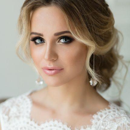Свадебная причёска и макияж