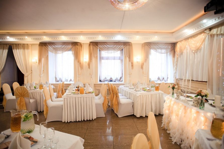 """Бело-золотое оформление - фото 16497488 Банкетный зал """"Корсаков"""""""